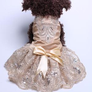 Vestido de novia del gato del perro de princesa Tutu perrito del animal doméstico vestidos EmbroideryBow Ropa Apperal 3 colores de tela perro