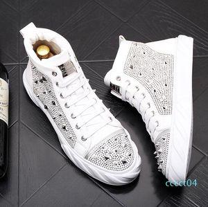 Luxury men rivets sneakers fashion trend rivets Men shoes punk spikes designer sneakers men Casual shoes zapatillas hombre ct04