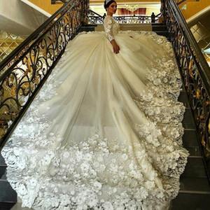 2020 luxe musulmane robe de bal robes de mariée en dentelle perlée Applique main 3D floral cathédrale manches longues arabe Robes de mariée