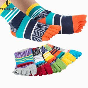 5 Çift / grup Erkek Yaz Pamuk Ayak Çorap Çizgili Kontrast Renkli Patchwork Erkekler Beş Parmak Çorap Ücretsiz Boyutu Sepet Calcetines MX190719