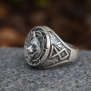 Punk Biker para hombre lobo eslavo hombre gótico goth wolf regalo anillos de joyería anillo 12pcs / lot fvkpm