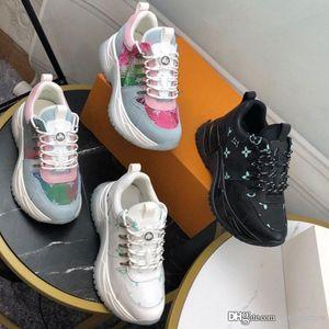 Top Run Away Fashoin Luxo Tripler preto branco All Star pulso Triple S Mens Designer Platform instrutor calçados casuais de couro liso Sneakers