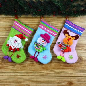 Decorações de natal Papai Noel Meias Grandes Presentes Dos Alces Dos Desenhos Animados Saco Fit Crianças Boneco de Neve Pendurado Meia Decorativa Venda Quente 6 9qy E1