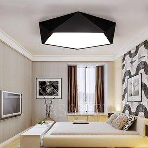 Ultra ince Modern tavan ışıkları LED basit ev deco armatürleri Yatak yemek salon demir siyah beyaz beşgen tavan lambası