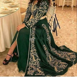 2020 de la manga de la vendimia Morcín Kaftan verde oscuro de noche largo ocasión vestidos de cuello redondo de oro Apliques delantero de Split Dubai musulmana vestido de fiesta