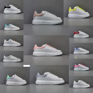 mit Box 2020 neue Männern und den Frauen Freizeitschuh Höhe erhöhen für Männer Weißer Schuhe Lederstiefel Euro 36-44