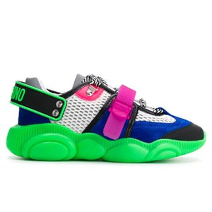 2020 Marka Kadınlar Teddy Flu Lace Up Sneaker Tasarımcı Lady Wrap-around Kauçuk Sole Casual Ayakkabı Moschin Ayı