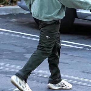 20SS Metal Üçgen Logo Naylon Açık eşofman altı Üst düzey Fermuar İşleme Pantolon Sweatpants High Street Casual Pantolon Spor Pant HFYMKZ196