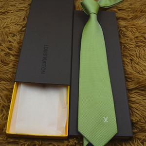 Corbata de los hombres de moda de alta calidad 100% corbata de seda 8 cm jacquard patrón hombres corbata con caja
