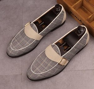 Men Summer loafers Plaid breathable casual Leather shoes Slip-On Fashion Pointed Toes Shallow mouth Forward Men comfort casual Party shoes