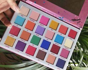 Заводские Бесплатная доставка Новый макияж глаз Новое прибытие 24 цветов Палитра теней для век!