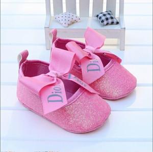 2019 Детская обувь Новорожденный Мальчики Девочки Сердце Звезда Pattern Первые ходунки Дети Малыши Узелок PU кроссовки 0-18 месяцев