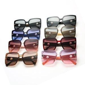 Fashion Women Sunglasses Big Square Frame Ladies Eyewear Sun Glasses Summer Outdoors Beach Vintage Sunglasses Top Quality 2020