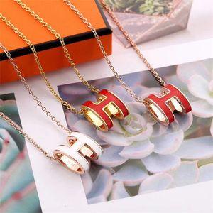 Мода 7 цвет ожерелье Роскошный дизайнерский бренд кулон ожерелье для женщин Прекрасные H украшения замороженный из цепи ювелирных Без коробки