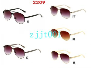 New 2209 sunglasses Fashion toad glasses fashionable sunglasses driver's glasses