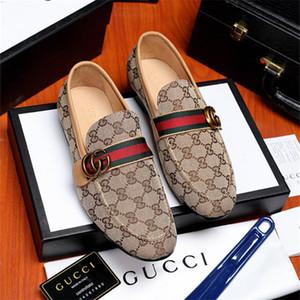 2019 marca Loafers festa de casamento Shoes Designer PATENTE Black Leather Suede Sapatos Para Homens deslizamento em sapatas de vestido dos homens Flats