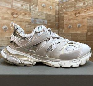 2020 Paris Pista 3.0 Tess Homens Mulheres Triple S conforto casual sapatos cor de rosa azul Clunky Sneaker pai Branca Moda Calçados Chaussures