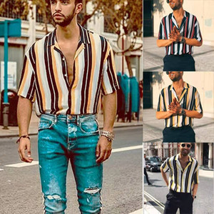 Mens Полосатого Гавайи Tshirts Мужчины лето Дизайнер отворот шея с коротким рукавом Рубашка повседневных Mlales Мода Одежда