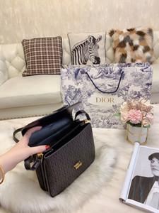Ins basit küçük kare paket kaset sünger çanta deri çanta diyagonal kareli yastık dokuma omuz çantası womens lüks tasarımcı çanta