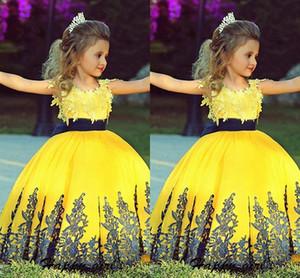 2021 navy yellow pizzo fiore ragazza abiti abiti cappotto manicotto a manica nastro bow bow bow gown prima abito da comunione santa bambina abbigliamento abbigliamento