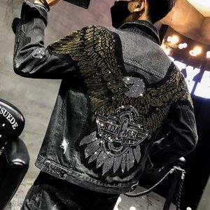 YASUGUOJI Nuevo 2019 punk estilo de la moda de Eagle Parche bordado de la chaqueta de Jean del dril de algodón de los hombres chaquetas de Calle Delgado Negro chaqueta de los hombres T200115