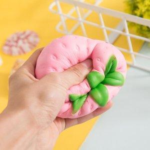 Mini Simulierte Big Strawberry PU-Puppe langsam Rebound Dekompression Spielzeug Schaum Relaxed Spielzeug Dekoration Soft Toy Kuchen Beispielmodell