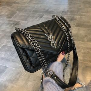 Shanghai mujer nueva bolsa de 2019 nueva tendencia bolsa de la cadena Su cuerpo negro cruz pequeña plaza elegante única hada hombro