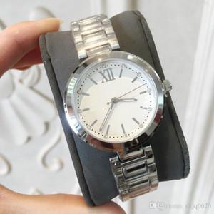 أفضل لطيف HOT الشهيرة ثوب جديد ساعات نسائية عارضة مصمم ساعة يد السيدات الأزياء الفاخرة الكوارتز ووتش ساعة الطاولة ريلوخ موهير Orologio