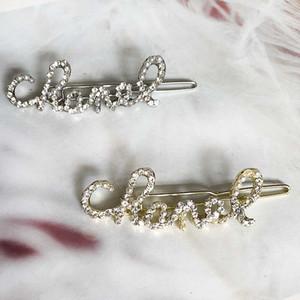 2020 nuovi monili di modo lettere Tornante fascino per le donne strass e perle Hair Clip clip di Party Design signora Luxury capelli di nozze