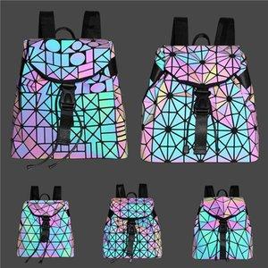Mujeres Box bolso 2020 de la nueva marca diseñador de moda de la tela escocesa láser bolsa de mensajero de la cadena rombo cuadrado pequeño bolso # 550