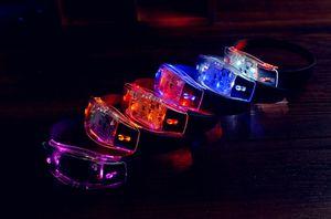 Black Led освещенное Игрушки LED Браслеты Браслеты Voice Control Подарки Sensing Remote Sensing Необходимое Силиконовые Фиксатор лучезапястного сустава Вокальная поддержка