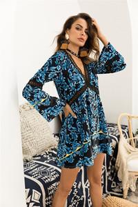 Aushöhlen Womens Designer-Kleider Mode Blumenmuster tiefe V-Ausschnitt Minikleider der Frauen Bohemian Kleider