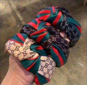 Las mujeres hairband rojo de la letra y la franja verde anudado bandas para la cabeza de horquilla borde ancho de satén extranjeros cabeza diadema precio de fábrica mosaico