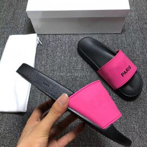 Paris Moda Kaydırıcılar Womens Yaz Sandalet Plaj Terlik Bayanlar Flop'lar Loafers Siyah Beyaz Pembe Slaytlar Chaussures Ayakkabı çevirin