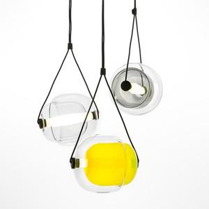 Lambanın Asma odası Yatak Ev Deri Dekorasyon LED Yemek Living Post Modern yaratıcı LED Kolye Işık Renkleri cam modeli