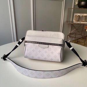 5A Top-Qualität OUTDOOR Männer diagonale Taschen aus echtem Leder Messenger Bags Leinwand Umhängetasche Mode Brieftasche Reißverschlusstasche Geldbörse mit Kasten A003