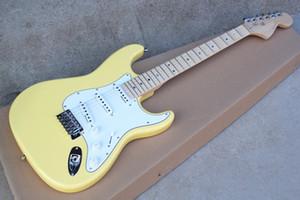Зубчатый гриф желтый корпус латунная гайка электрогитара с красочными жемчужными точками, Белый pickguard, хромированная фурнитура, может быть настроена