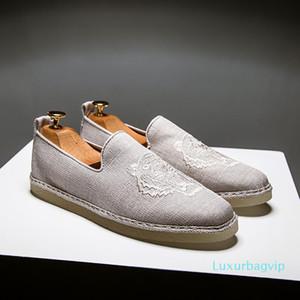 Mens Canva Shoe Masculino Hemp Espadrille Top Quality Tiger Bordado Designer Handmade Pescador Shoes Slip On Mens Mocassim Flats Q-552