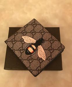 hediye kutusu ile 2020 SICAK Yeni Geliş PU Deri Cüzdan İçin Erkek Designe Bifold Para Çanta Yüksek kaliteli cluch cente Parti Traver Cüzdan