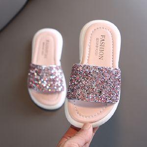 Filles Chaussons enfants Chaussures d'été Glitter Sequin Chaussons d'extérieur pour enfants Chaussures de plage Princesse Sandales plates extérieure Flip Flop
