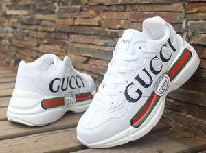 A1 2020 Mulheres Superstar Branco Holograma Iridescent Júnior Orgulho Sneakers Super Star Speed Trainer Homens sapatos de couro Casual 36-44 8WAP