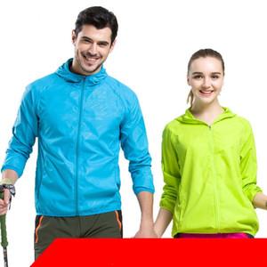 Aire libre Prevenir Ultravioleta Rashguard Amantes multicolores Deportes de deporte Abrigo de piel Protector solar Ropa Campamento Moda popular Venta caliente