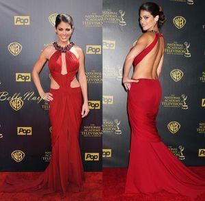 Correas baratas Celebrity Red Sirena vestidos de baile inspirados en los premios Emmy con cuentas Halter escote sin respaldo Red Carpet gasa vestidos de noche