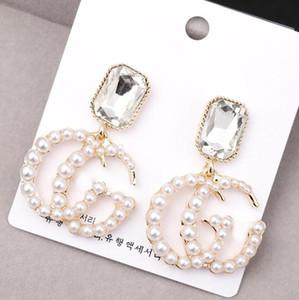 Joyería de lujo del diseñador con la letra de la perla pendientes pendientes de la lámpara de 925 cuelgan aguja de plata del encanto pendiente de la gota para el oído para las mujeres Señora