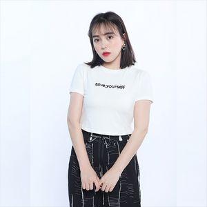 2020 T-рубашку хлопка женщин половина рукава Ins модно письмо куртка куртка отпечатанные короткий рукав футболки женщин