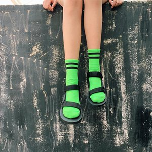 Mulheres Casual Socks Tripulação listrados frescos Meninas Socks Fluorescência Hot Pink Verde Amarelo Laranja Moda Neon Cor Hip Hop 2019
