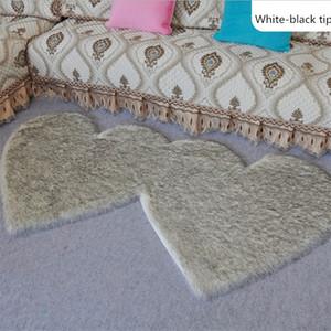 Fabrika doğrudan Avustralya imitasyon yün çift kalp şeklinde halı 45 * 90cm oturma odası yatak odası peluş dekoratif halı