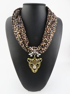 Il pendente leopardo sciarpa Bella Poliestere gioiello Pendant Scarf Protezione Ambientale