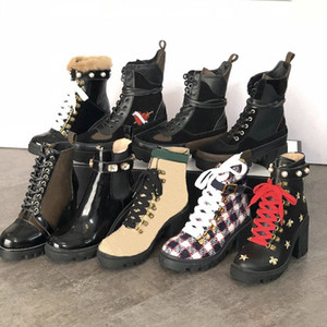 Genuine Leather Women Ankle Booties Embroidered Laureate Platform Martin Boots Chunky Heel Star Trail Ankle Boot Winter Boot