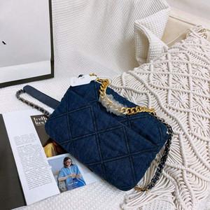 Die neue 2020 Weibliche Blue Handtasche Denim Turbot, Flip The Chain Aslant Schultertasche Bucket-Frauen-Beutel Frau Geldbeutel Die Designer-Handtaschen